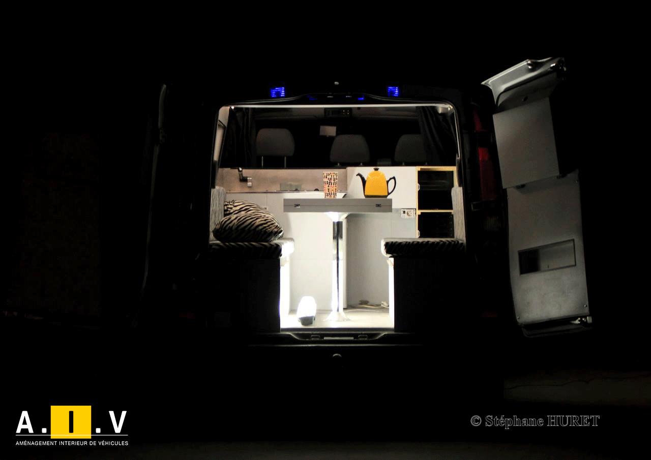 Interieur sur mesure de vos véhicules pro ou loisir avec aiv